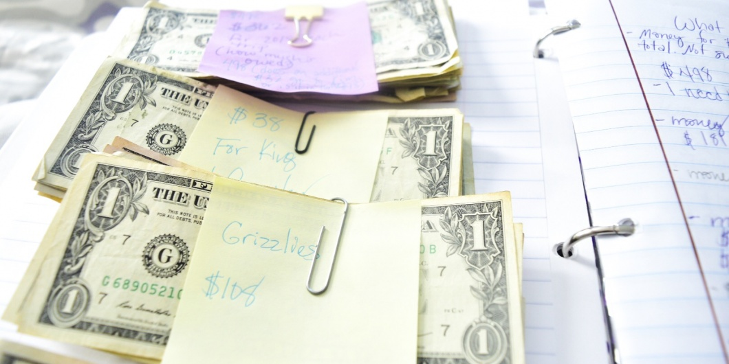 money in stacks with stick notes on them christian blogs that make money